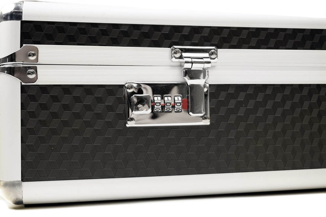 Cobra Aluminum Hardcase (105x35x15)